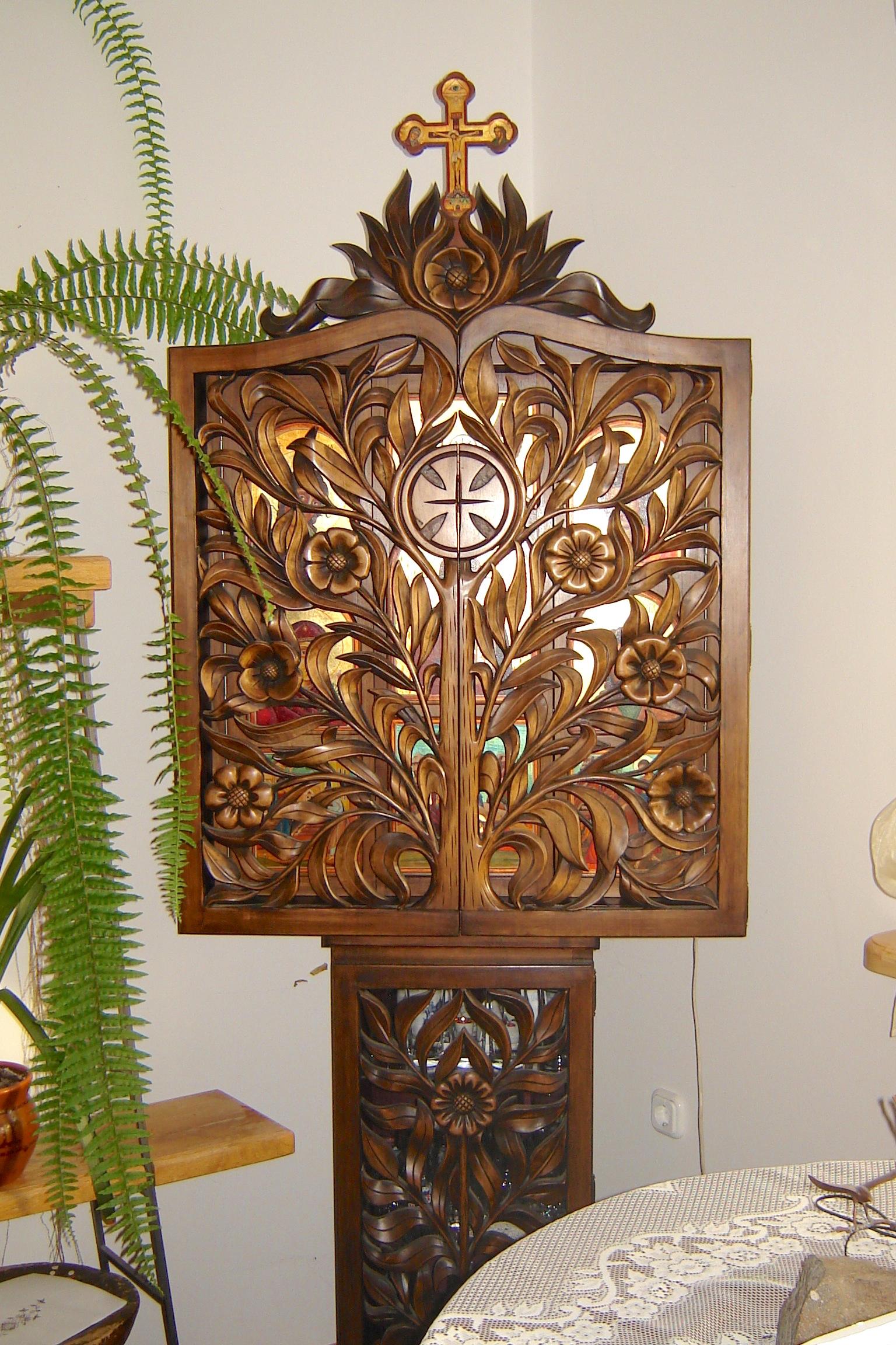Szentségtartó szekrény